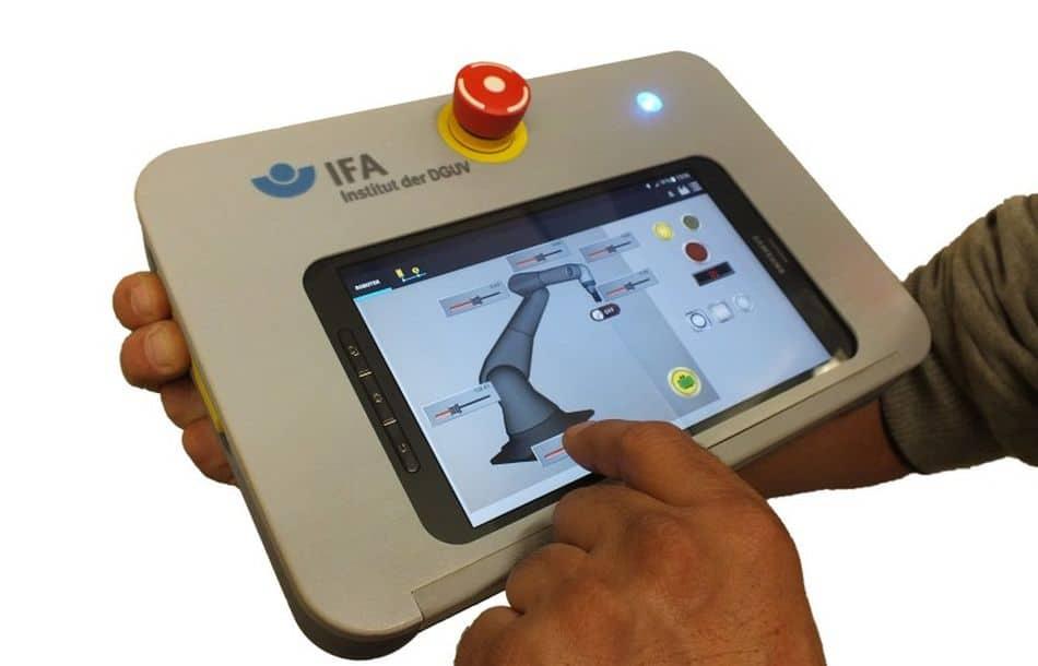 Maschinen sicher steuern via Smartphone und Tablet