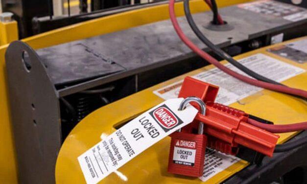 Stromanschluss-Verriegelung für sichere Wartung